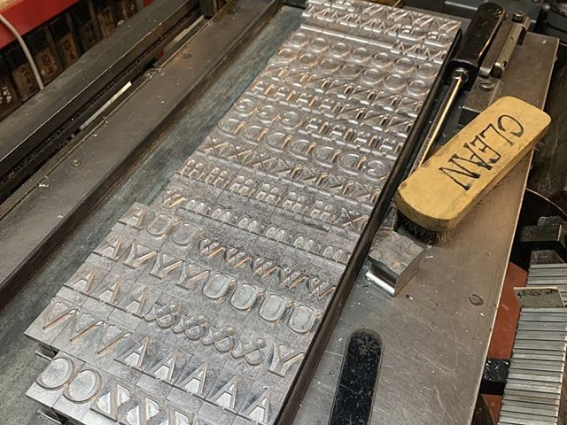 Some lovely 72pt Garamond marching out of the Super today. Shiny.